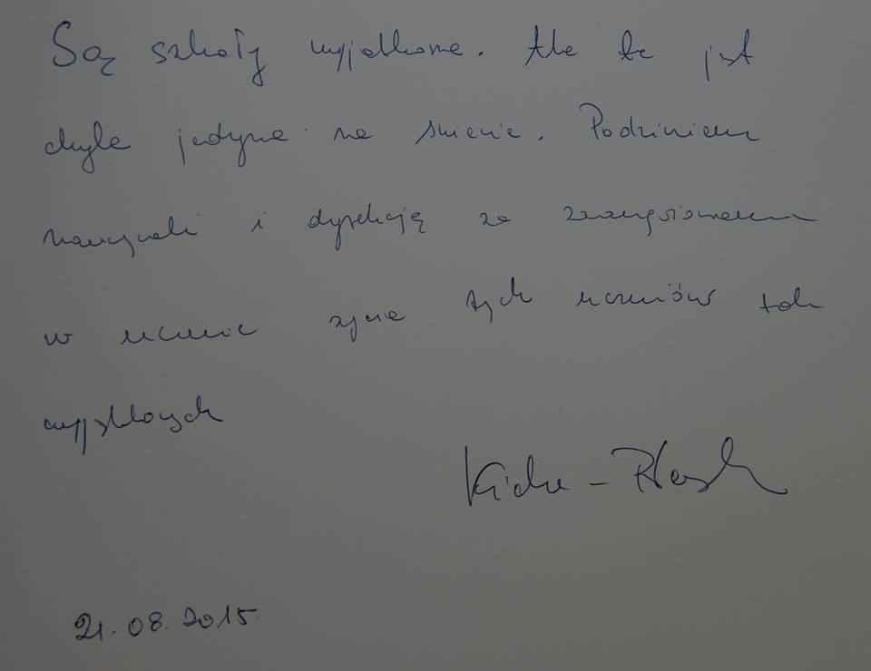 """Wpis Marszałek Sejmu RP Małgorzaty Kidawy-Błońskiej do Kroniki Zespołu Szkół """"Krok za krokiem"""""""